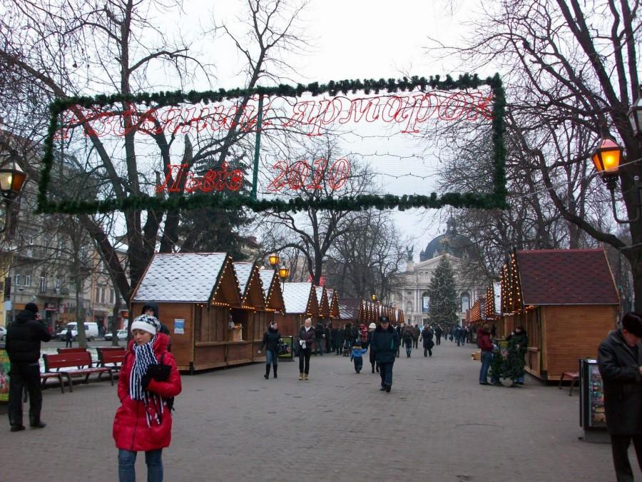 La Ópera, Mercado de Navidad, Lviv (Ucrania)