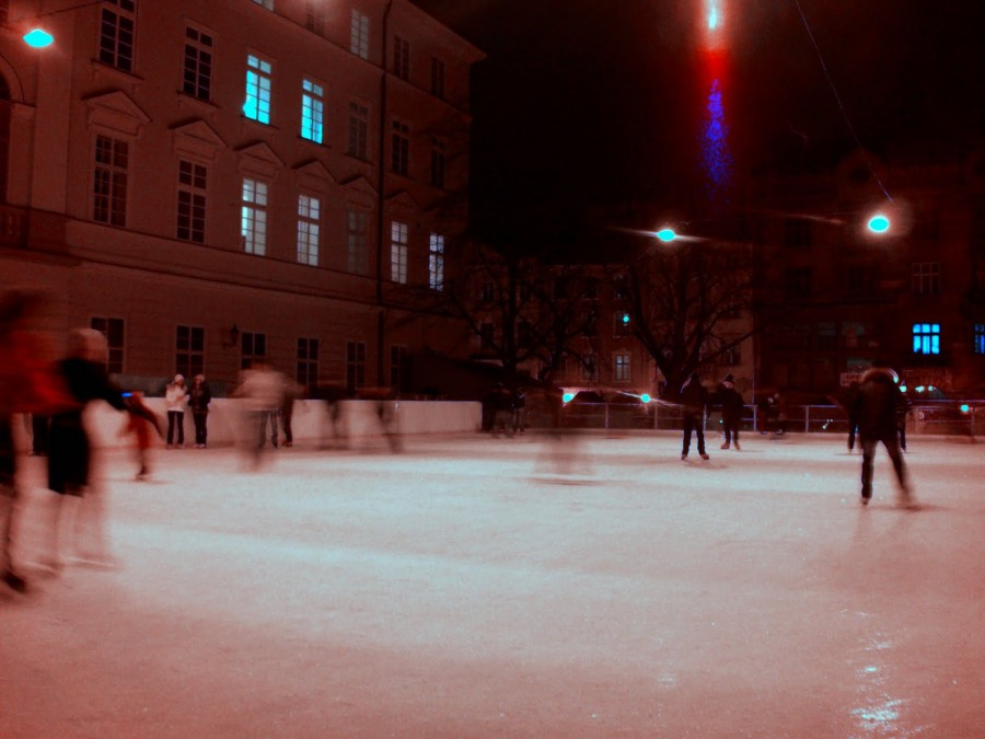Pista de patinaje sobre hielo, Lviv (Ucrania) (2)