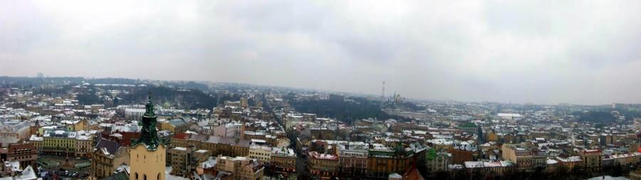 Vistas desde la torre del Ayuntamiento de Lviv (Ucrania) (3)