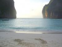Tailandia. Accidente de avión y paraísos del sur