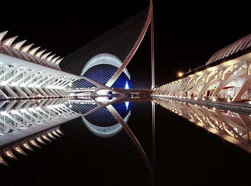 Oceanografico de noche. Valencia