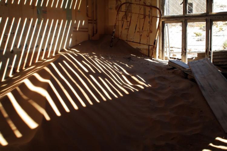 casa llena de arena
