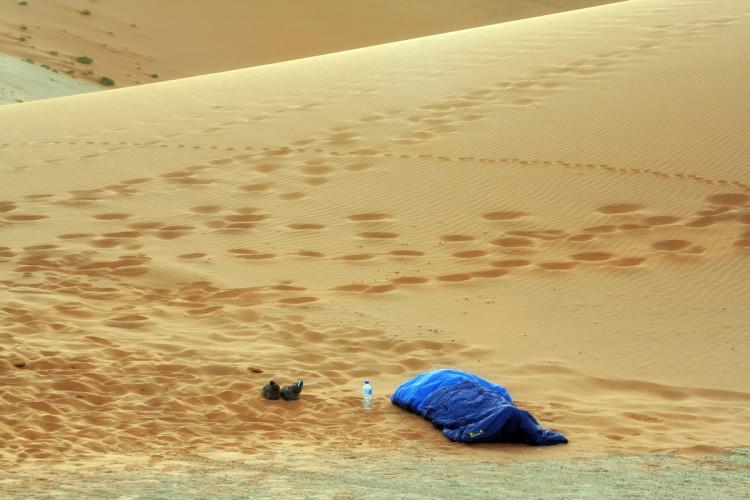 dormir en el desierto de namibia