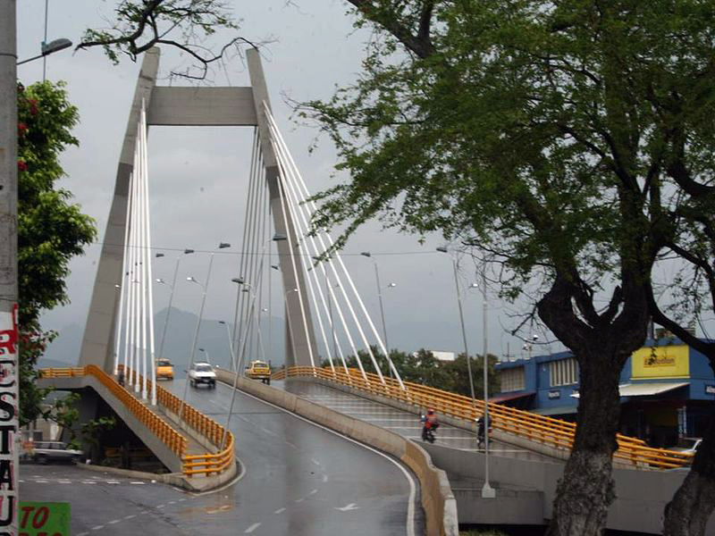 Puente del canal