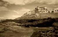 MARRUECOS-ESSAOUIRA: Arte, música y kitesurfing