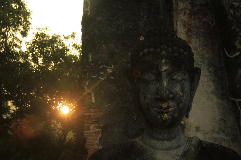 Sukhothai_buddha