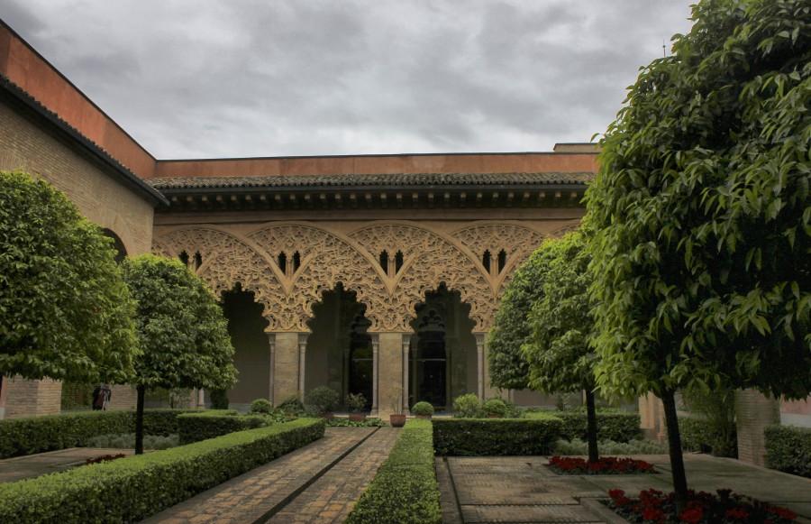 Patio del Palacio de la Aljafería