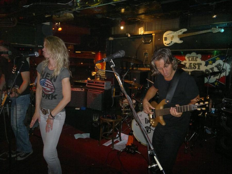 Actuación en The Waterhole