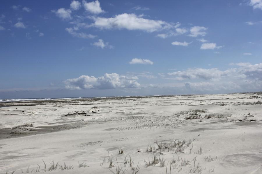 arena blanca hasta el infinito en la isla holandesa