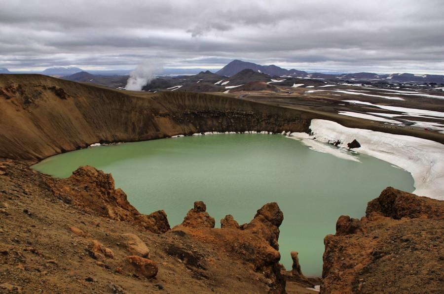 Laguna del crater Viti