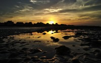 sword_beach_sunset