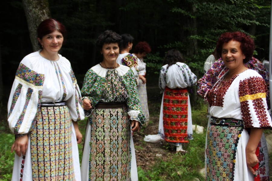señoras folklóricas