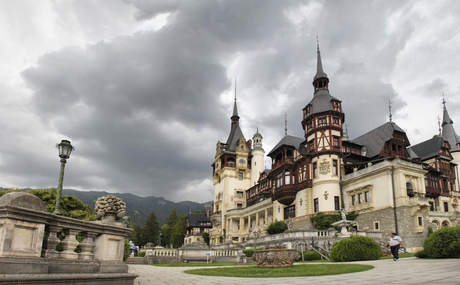 palacio peles