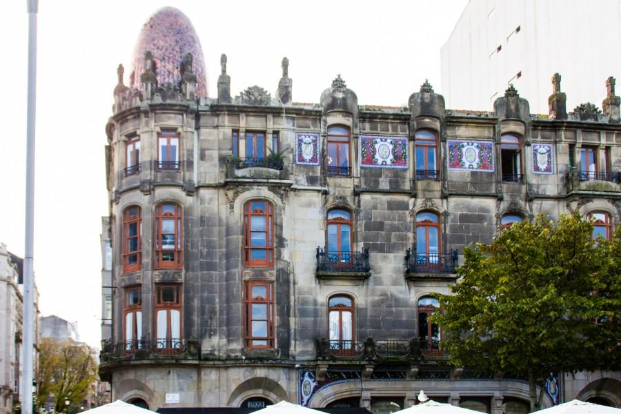 Edificio modernista Mülder, también llamado Huevo