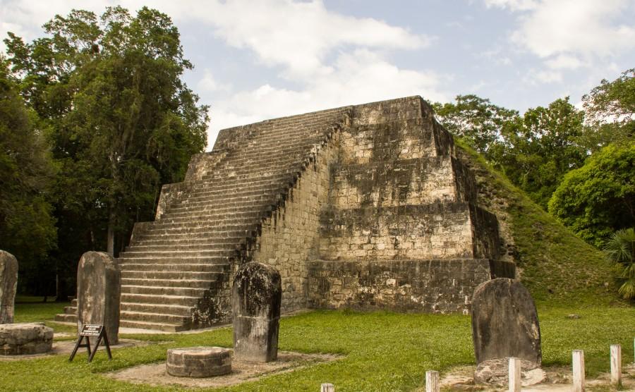 Una pirámide gemela