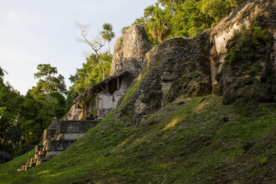 Vestigios de viviendas de ciudadanos maya