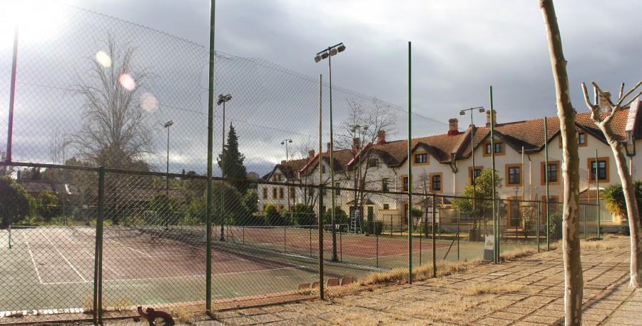 pista de tenis barrio inles huelva