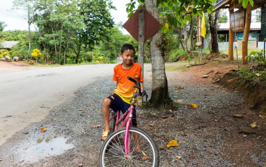 niño tailandia