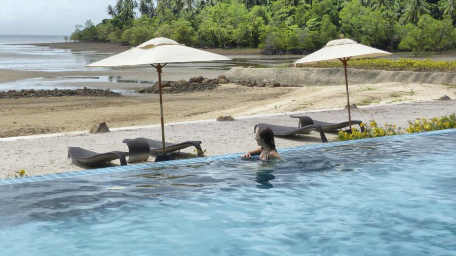Piscina del Na Tara resort