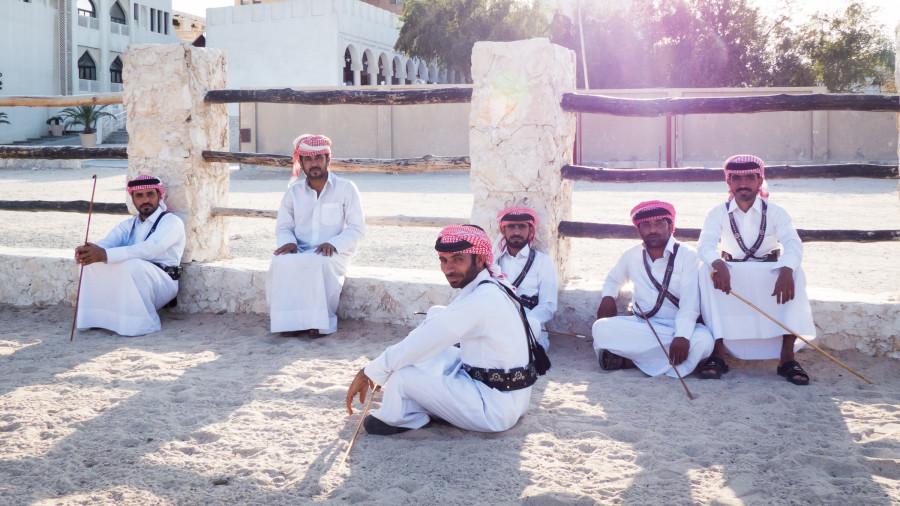 hombres de qatar