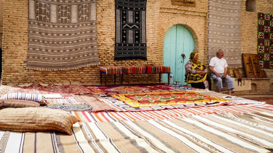 Puesto de alfombras
