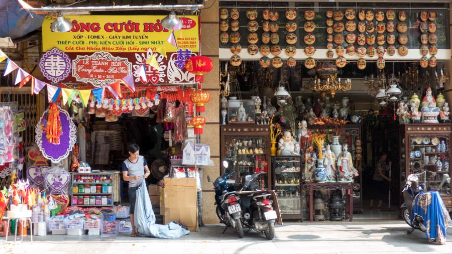 Tiendas del barrio antiguo hanoi