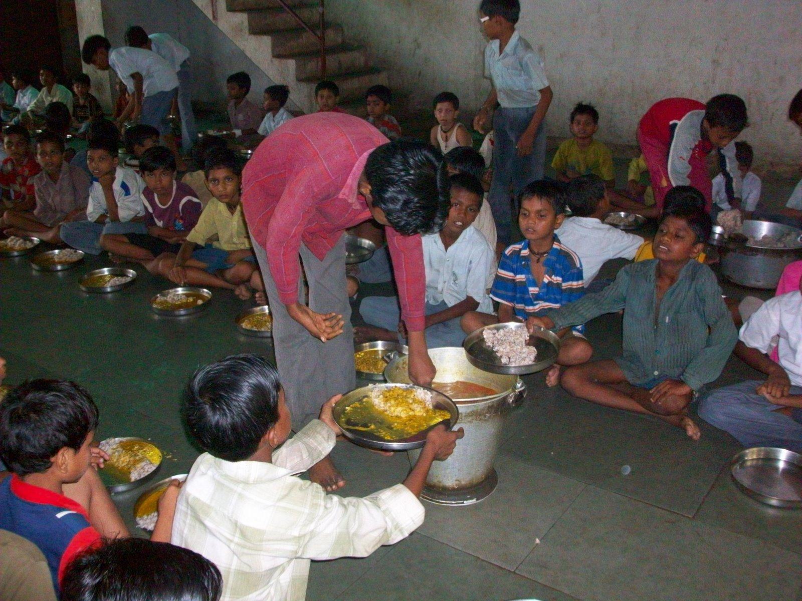 Internado de niños en la India - Mis viajes por ahí » Mis