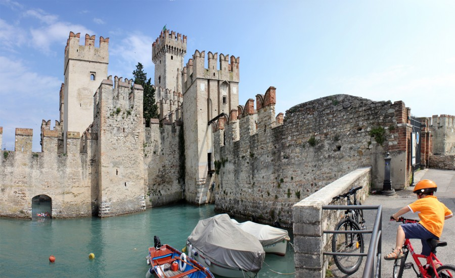 sirmione castle italy